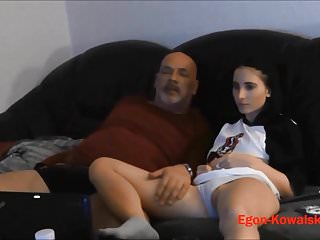 Amateur Handjobs Hidden Cams video: FamilienLeben 4