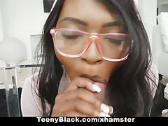 TeenyBlack - Hot Ebony Girlfriend Fucked Podczas nauki
