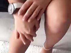 Chico afgano que juega con una chica de culo grande