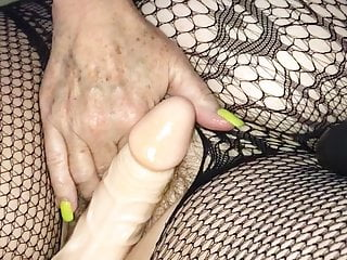 Fingering Mature Dildo video: Another Saturday night