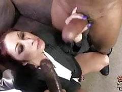 White mom Tiffany Mynx banged by 2 BBCs