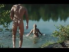 Deutschland 83 (2015) hete scènes