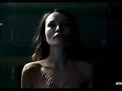 Emily Browning in American Gods - S01E05
