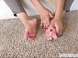 Nenetl Avril Oil Toes