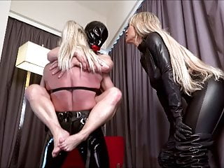 Bdsm Strapon Femdom video: Strap On Fuck & Lift