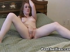 Wild Flawless Babe Mastubating Her Wet Cunt