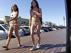Bikini Girls voorkant n achterkant