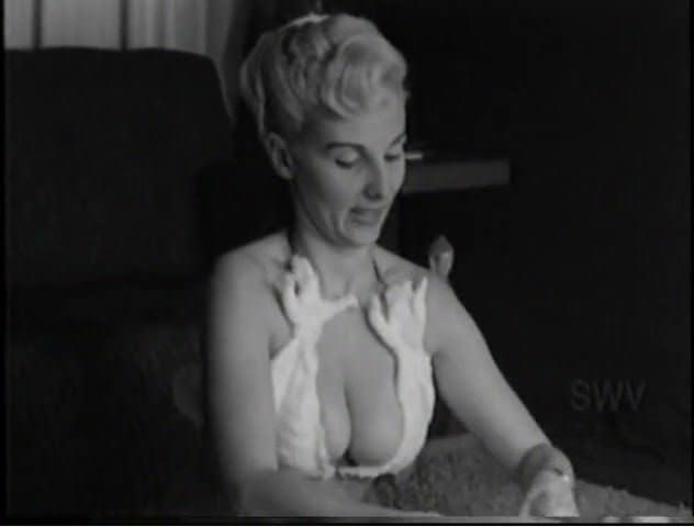 Порно женские гениталии подробно видео