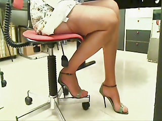 Foot Fetish Office Sexy video: Super Sexy Office 43 !!!