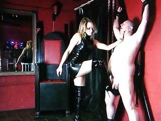 Femdom Latex Blonde video: Hot Mistress Ballkicking
