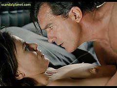 Elena Anaya Nude scéna v Savage Grace ScandalPlanet.Com