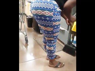 Bbw Voyeur Black video: REMASTER: Ebony Bubble Booty In Blue Tights At Wally World