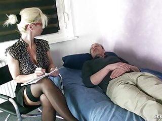 Hardcore Big Cock Big Tits video: GERMAN MOM Psychologist Seduce MONSTER COCK patient to Fuck