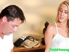 Massage liebevolle Schönheit auf Spycam