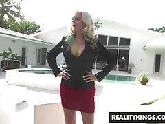 RealityKings - Milf Hunter - Alena Croft und Sean Lawless - Pene