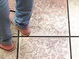 Candid Yummy Ebony feet in Sandals