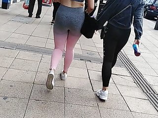 Porno video: Capacity for improvements Sexy Gym bunnies x2 UK candid