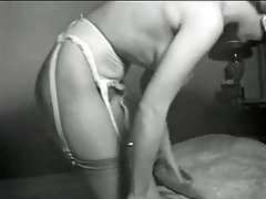 I'M A WOMAN - vintage 50's busty striptease stockings
