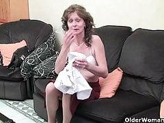 Starsza kobieta oznacza zabawną część 47