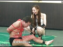 Japanese Domina Risa Laughs At The Sadist Who Suffers