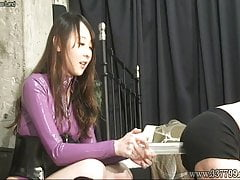 Domina Who Stepped On The Slave Body And Ballbusting