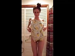 Bedroom strip and dance on cam