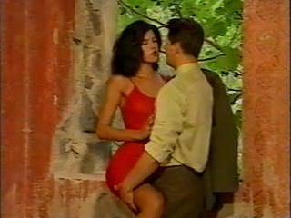 Мастурбация в видео колготки под юбкой