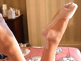 British Stockings Foot Fetish video: Girlfriend's Feet and Legs in White Fully Fashioned Nylons