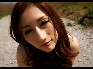 美丽的日本熟女Sexu朱莉娅