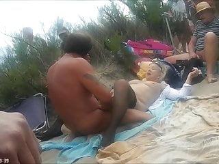 裸體沙灘性愛2