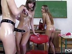 Schulmädchen Bestrafung
