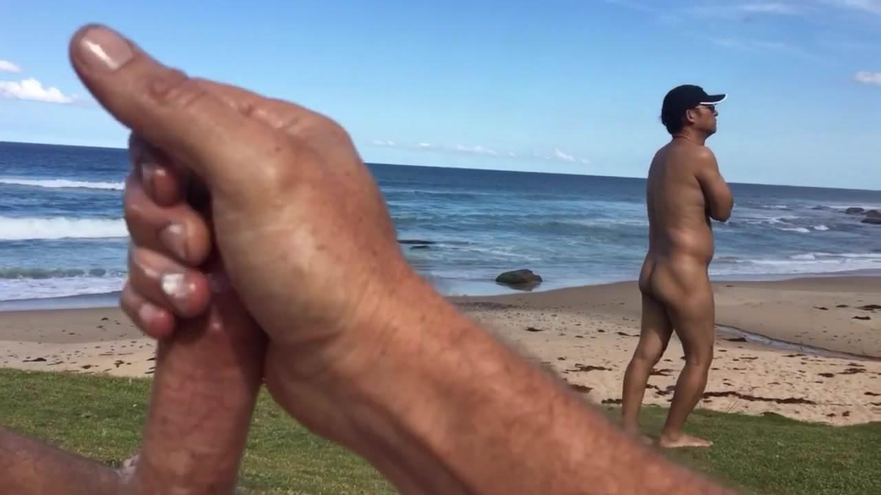 Naked big penis sexy man fkk mueder opa koe men's