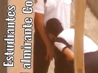 Estudiantes cachondos pillados en publico