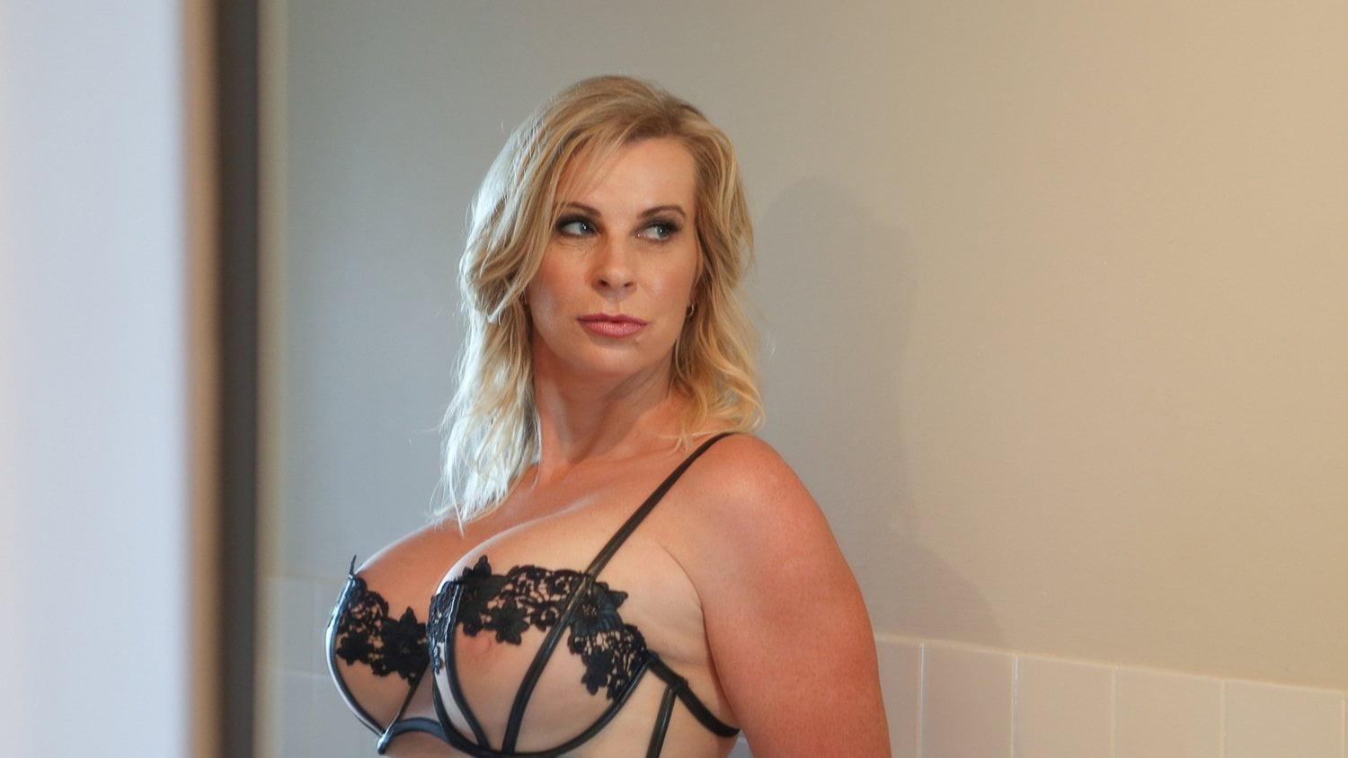 Cougars horny Horny cougars