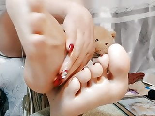 Cool feet chinese online...