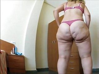 Milf ass beautiful...