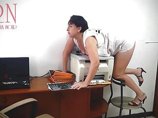 Secretary scans boobs and pussy on MFP in office