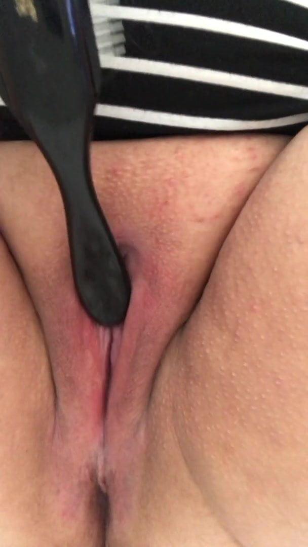 Young Girl Masturbating Brush