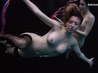 naked hot girls Underwater swimming