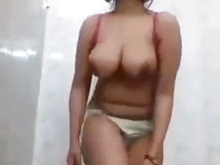 In need of sex Desi whore displaying enormous titties and masturbate