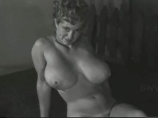 Virginia Bell Show us Her Assets