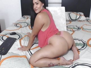 Sexy colombian latina perfect nice ass...