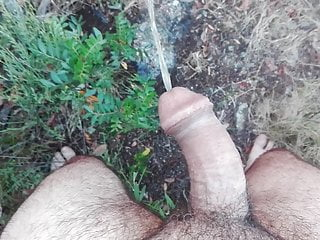 Whip within the woods and cumshot with out fingers!