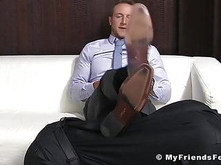Business stud Kenny has feet worshiped by foot fetishist