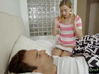 Hijastra Y Padrastro Tienen Atracción Sexual - Haley Reed