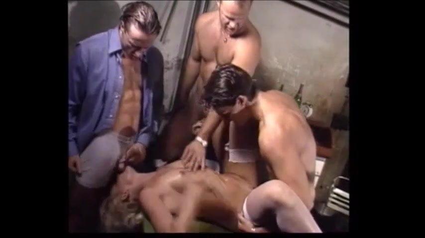 amateur group sex workshop
