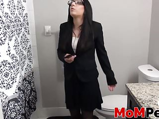Brunette old woman Alyssa Jade appearing off her vagina and ass