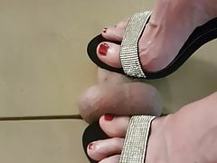 I torture my husband under the cockbox with heels