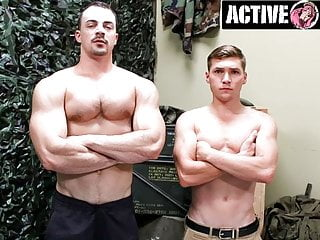Military Bodybuilder Cums Face-To-Face With New Bunk Mate
