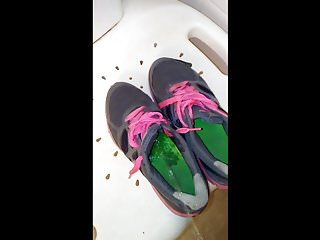shoefettis's nikes pissed